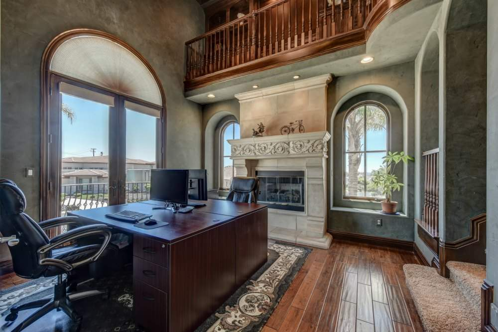 This is an Office You Won't Want to Leave